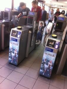 Uma das divulgações do game no metrô de Londres.